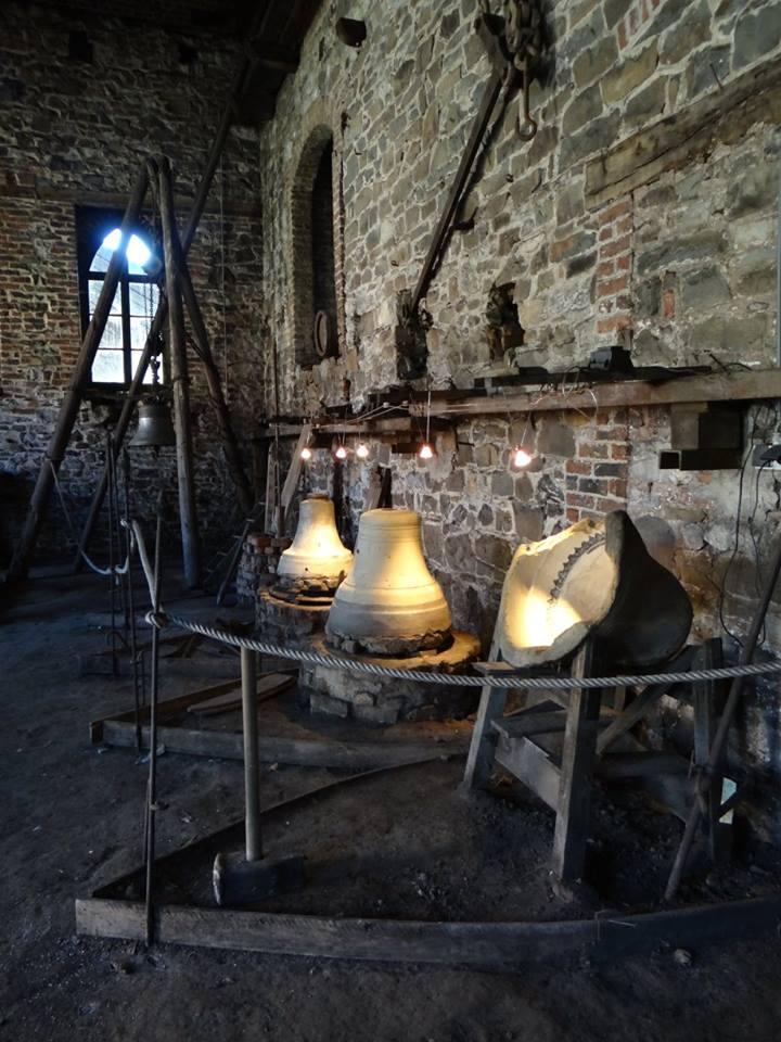 fonderie des cloches - tellin - intérieur.jpg